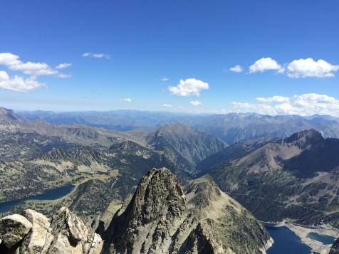 La vue du sommet du Pic de Néouvielle