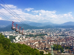 Vue sur Grenoble depuis le fort de la Bastille