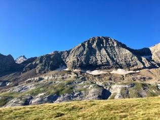 Vue sur le versant menant à la Brèche de Roland depuis le Col des Tentes