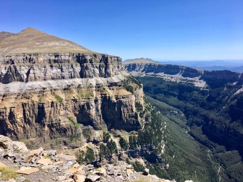Vue sur le canyon d'Ordesa depuis la Faja de las Flores