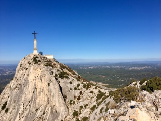 La Croix de Provence au sommet de la Sainte Victoire