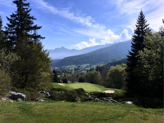Vue depuis le golf de Corrençon en Vercors