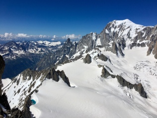 Vue sur le Mont Blanc depuis la voie Géant Branché dans la Dent du Géant