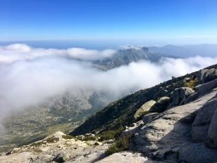 Au dessus des nuages au col du Mont Incudine / Monte Alcudina