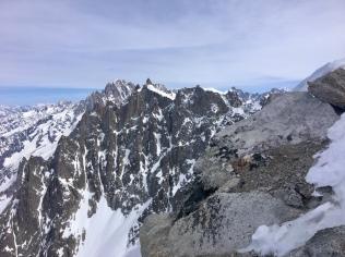 Vue sur les sommets depuis la face nord de l'Aiguille du Midi