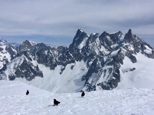 Vue sur les Grandes Jorasses et la Dent du Géant depuis l'arête de l'Aiguille du Midi