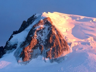 Couché de soleil sur le Triangle et le Mont Blanc du Tacul