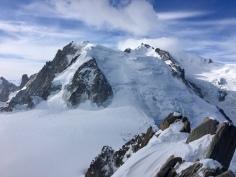 Le Mont Blanc et le Mont Blanc du Tacul depuis l'arête des Cosmiques