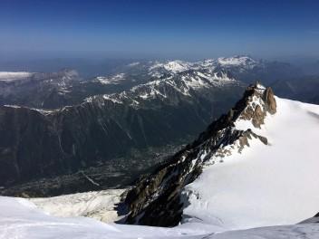 Vue sur l'Aiguille du Midi depuis l'épaule du Tacul