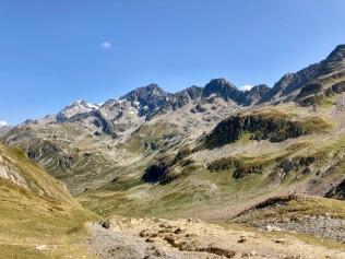 Sur le Tour du Mont Blanc - en direction du Col du Bonhomme