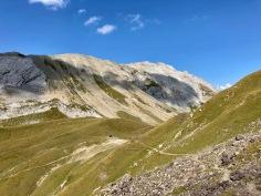 Sur le Tour du Mont Blanc - vue sur le Col du Bonhomme