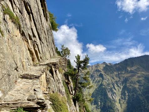 Sur le Tour du Mont Blanc - sur la variante en direction Des Grands