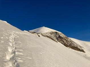 Vue sur le sommet de l'Alphubel depuis l'arête